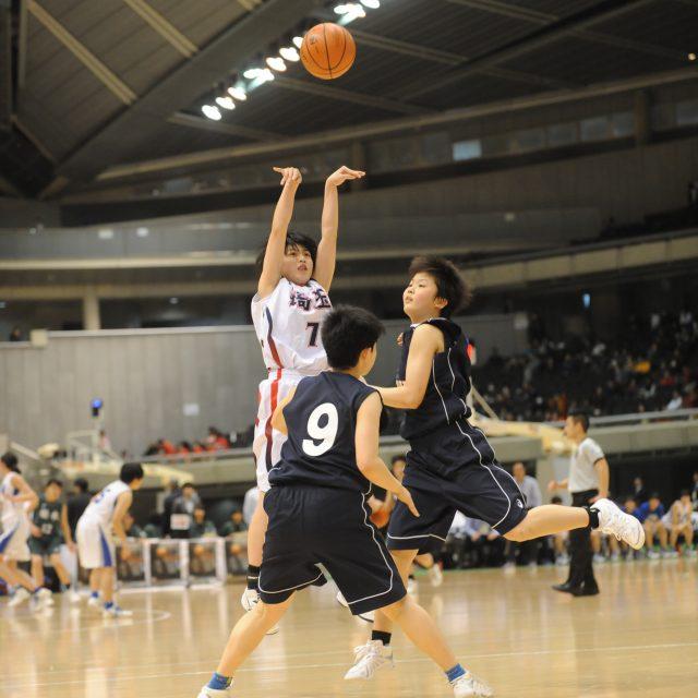 女子・準々決勝 埼玉県 ● 51-53 ○ 大阪府